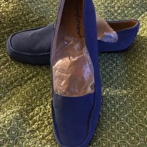 Comfort View Ladies Blue Suede Loafers-Size 10 1/2